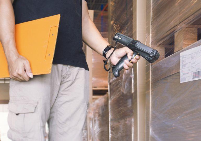 Jak dobrać właściwą etykietę logistyczną? Ekspert podpowiada!