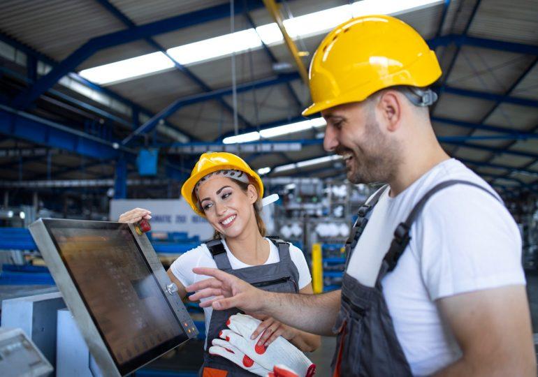 Co obejmuje automatyka przemysłowa?
